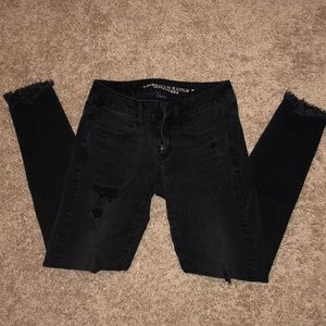 American Eagle destroyed black denim jeggings
